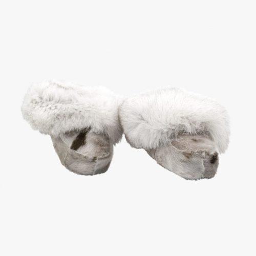 Hjemmesko i sælskind og polarræv.