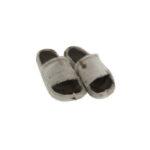 Sandaler i sælskind. Fås i størrelse 36 - 41