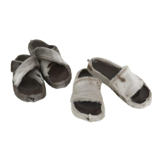 Sandaler i sælskind fås i str. 36 - 42. Fores med kalveskind