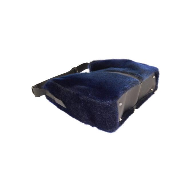 Blå taske i sælskind